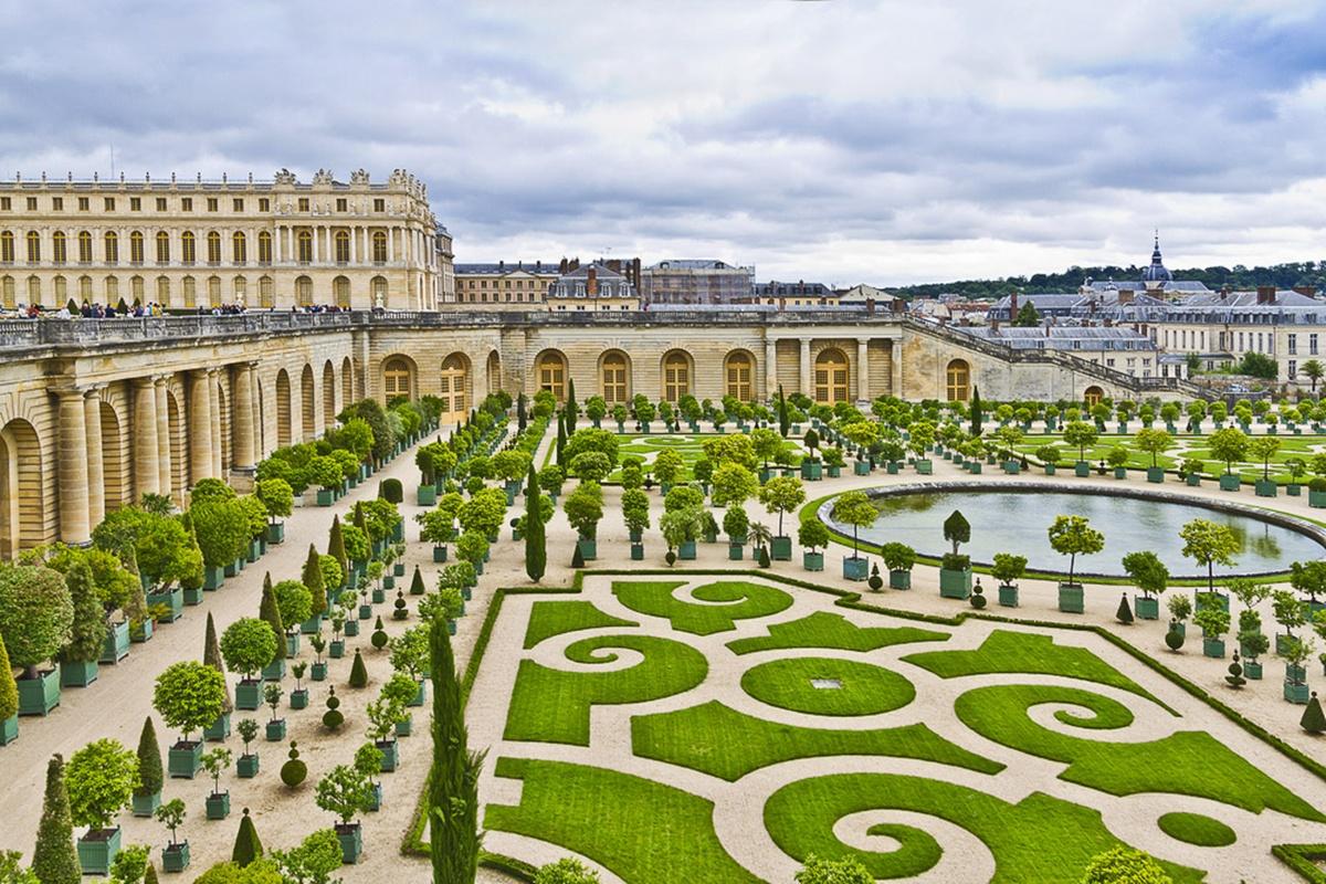 Versailles-2-of-52
