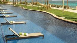 Hyatt-Ziva-Cancun-P085-Hyatt-Ziva-Swim-Up-King.masthead-feature-panel-medium