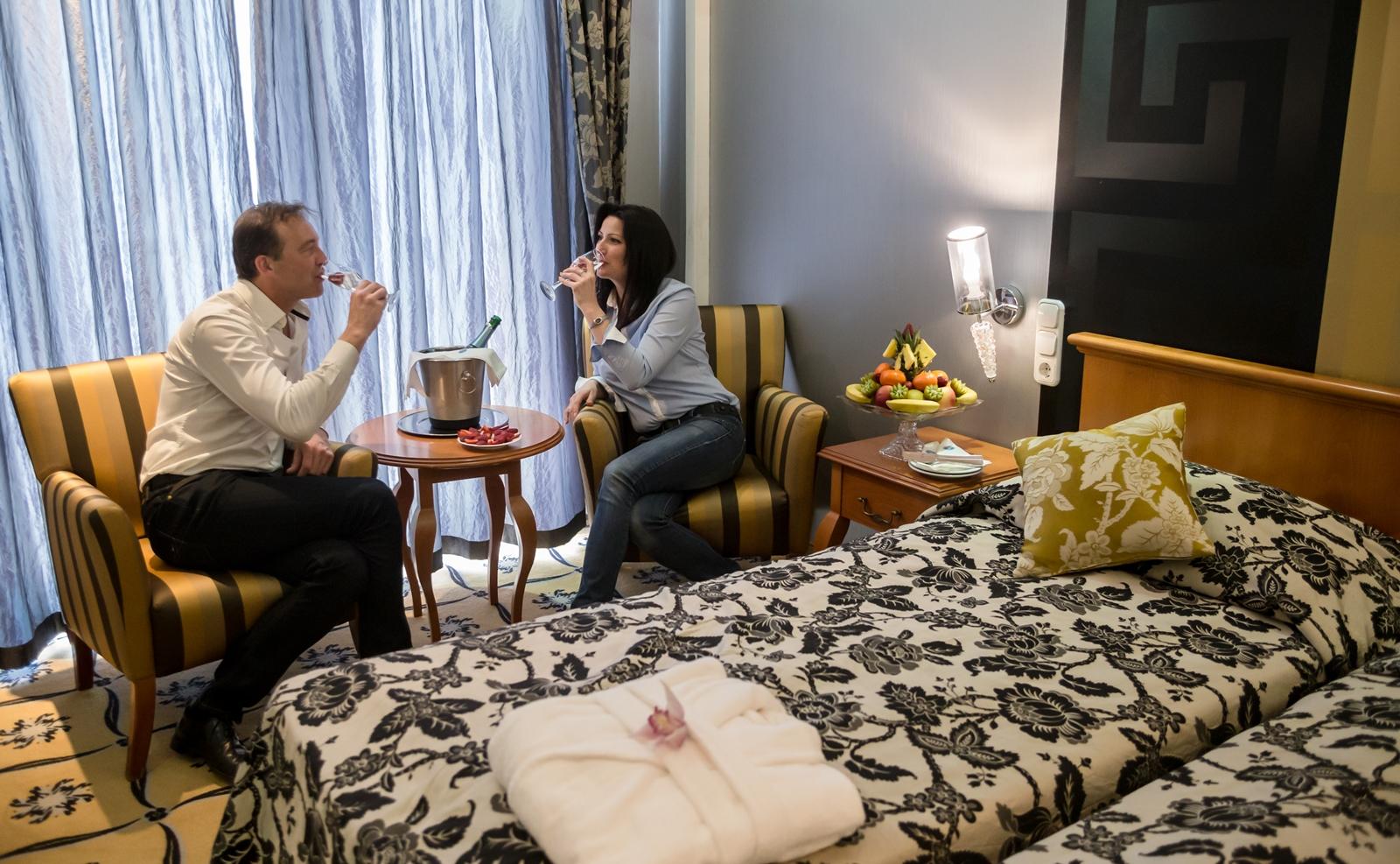 """""""Édeskettesben"""" gyerekek nélkül a Duna Relax Hotelben."""
