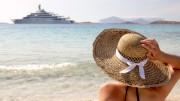 woman-sun-hat-beach-ship-770