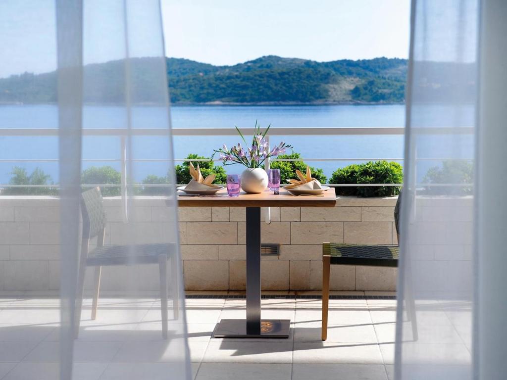 terrace_1280x960