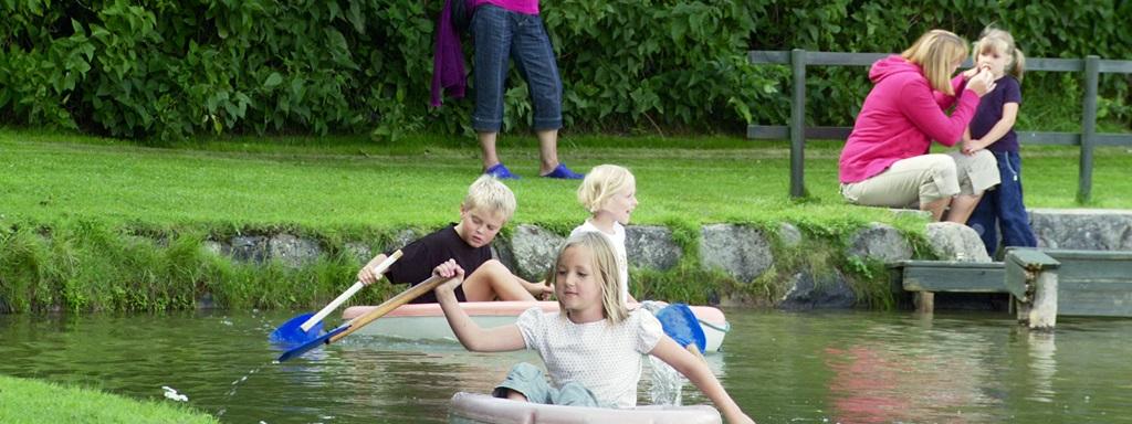"""A gyerekek csónakkal is """"körbeutazhatják a Földet"""""""