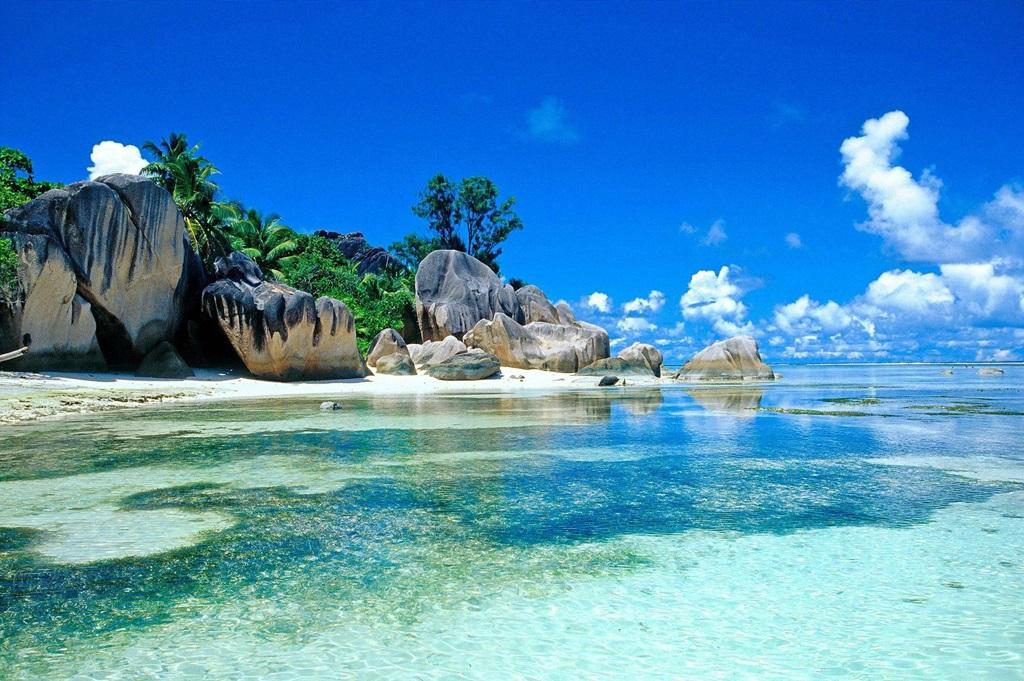 Mahé, az álomszerű sziget - itt fekszik vajon elrejtve az ugyancsak álomszerű gazdag zsákmányis?