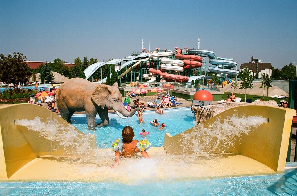 Aquapark fekvő