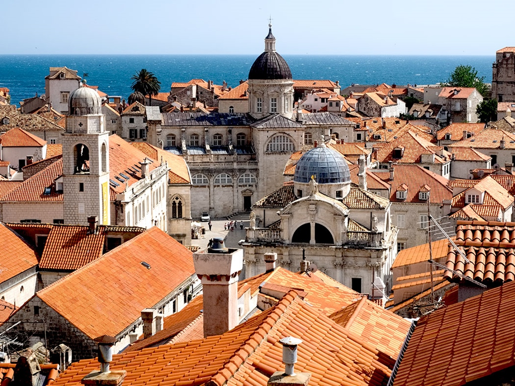 Croatia-Dubrovnik-city-from-atop-city-walls