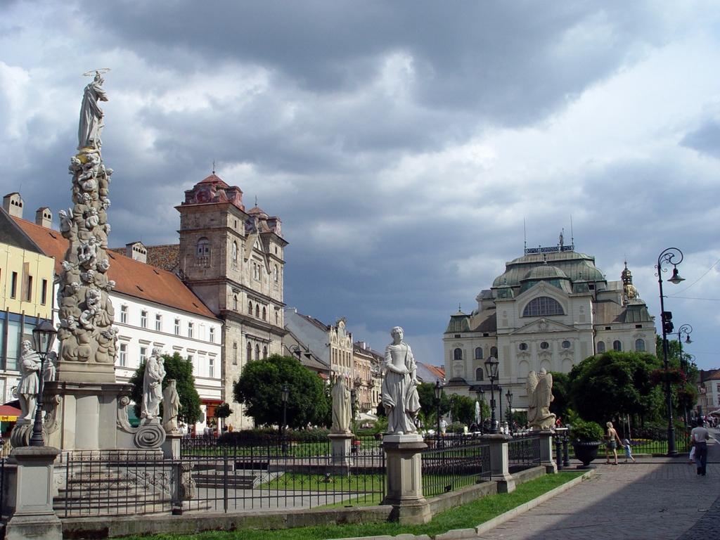 Kassa Hlavná utcája (Fő utca)
