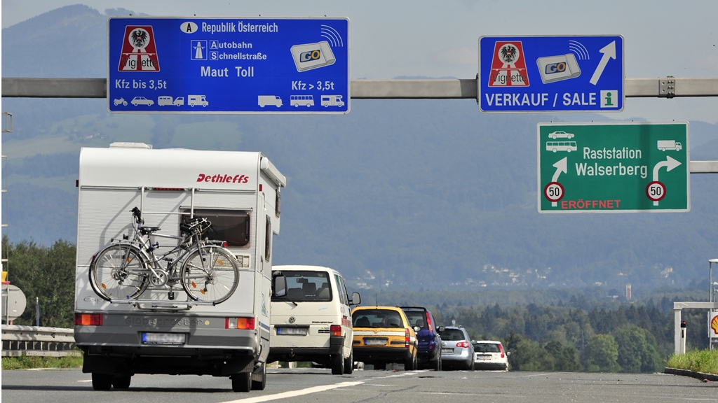 A1 Westautobahn, Salzburg Walserberg, Foto von Wolfgang Simlinger, www.simi.at