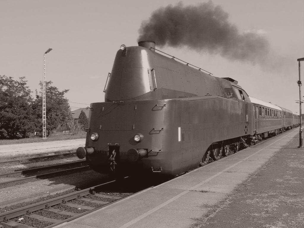 Nosztalgia vonat szolnok
