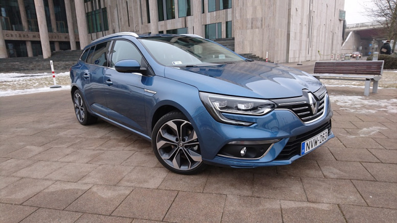Praktikus elegancia –Renault Megane Grandtour teszt