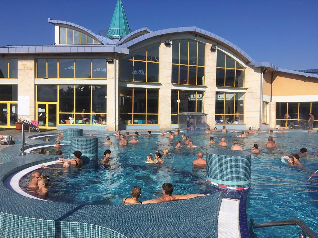 Ráncfelvarrás után még vonzóbb lett a sárvári gyógyfürdő