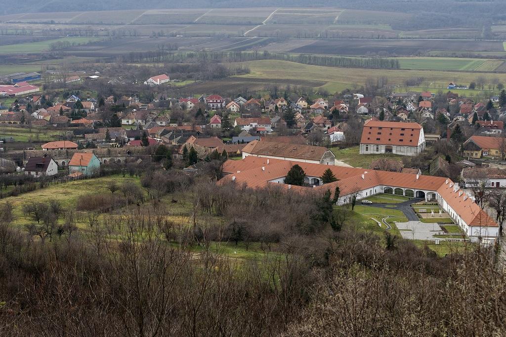 Marriott szállodává bővítik a Pannonhalmi Főapátság majorját