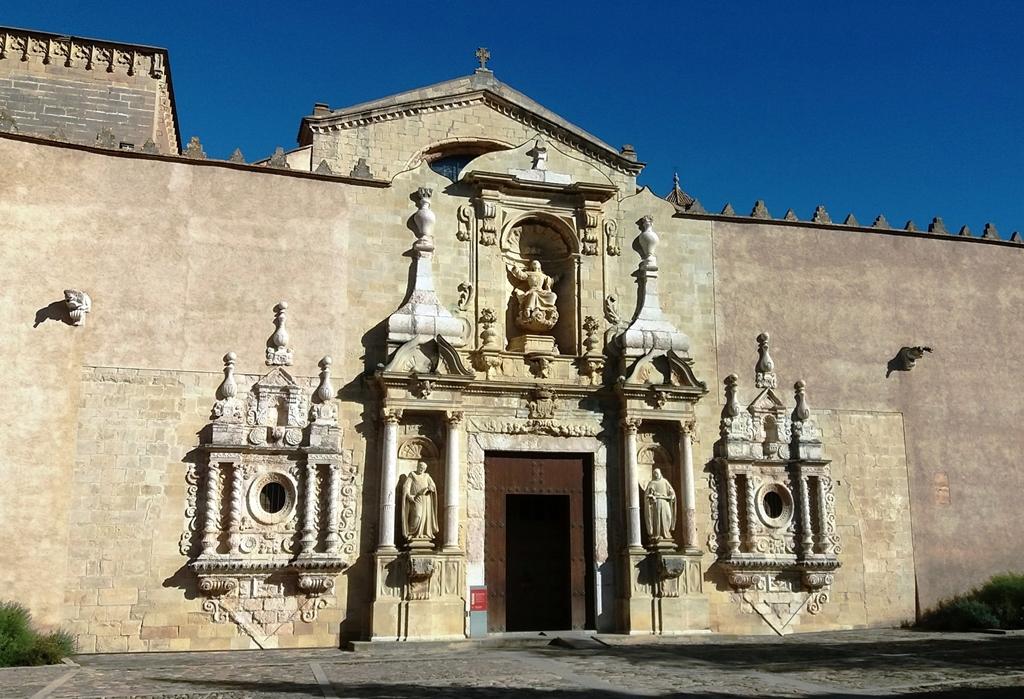 A Poblet Monostor egyik kapuja
