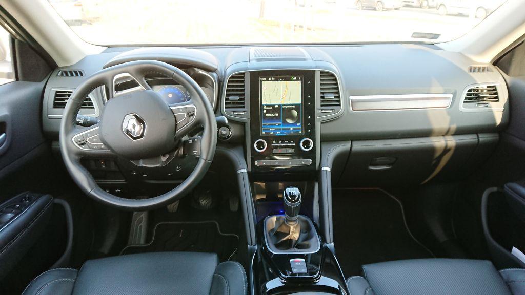 Luxuserődítmény az országúton – Renault Koleos teszt
