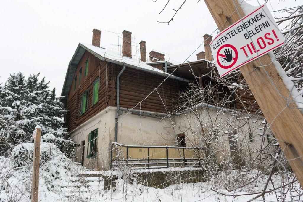 Jöhet az erdei táborok reneszánsza: újjászületnek a turistaházak