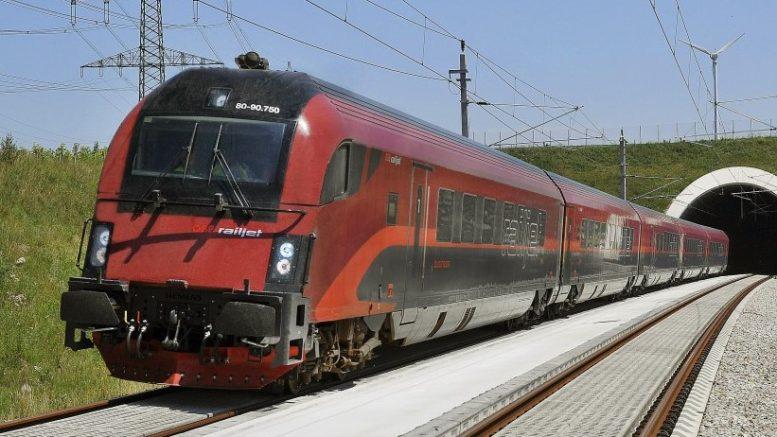 Nagypéntektől már 150 csúcsidőn kívüli vonatra érvényes a 20 százalékos online kedvezmény