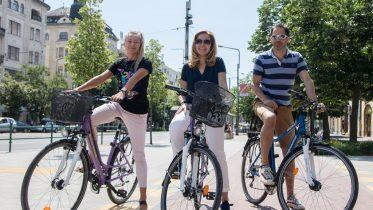 Az Új Főnix Terv közlekedésfejlesztési programja kiemelt figyelmet fordít a kerékpárutak építésére és a kerékpáros életmód népszerűsítésére