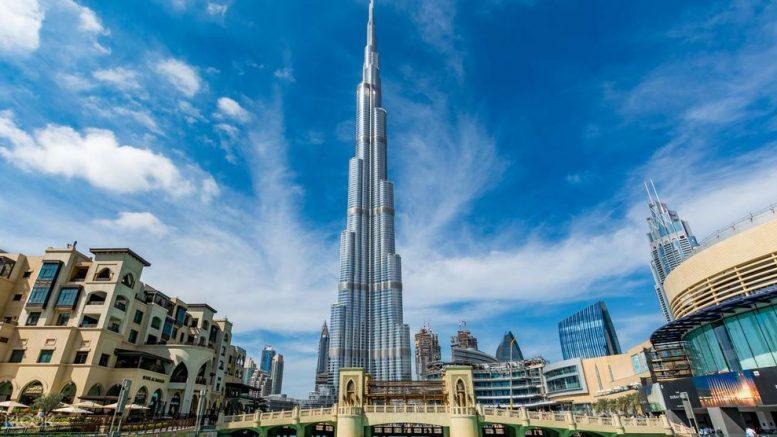 A több szempontból is világrekordernek számító Burj Khalifa