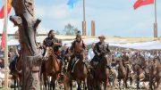 A programokon több száz lovas és több ezer gyalogos hagyományőrző mutatkozik be.