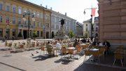 A Klauzál tér Szeged belvárosának klasszicista stílusú tere